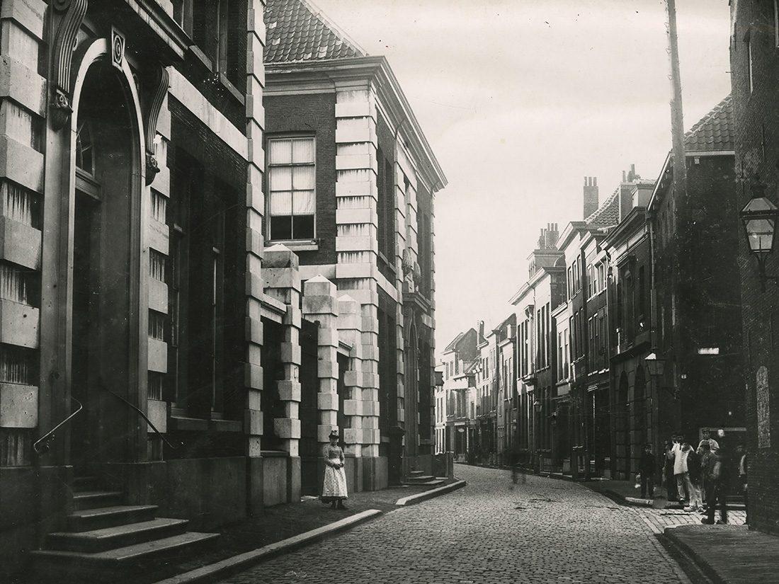 Hoogstraat 85